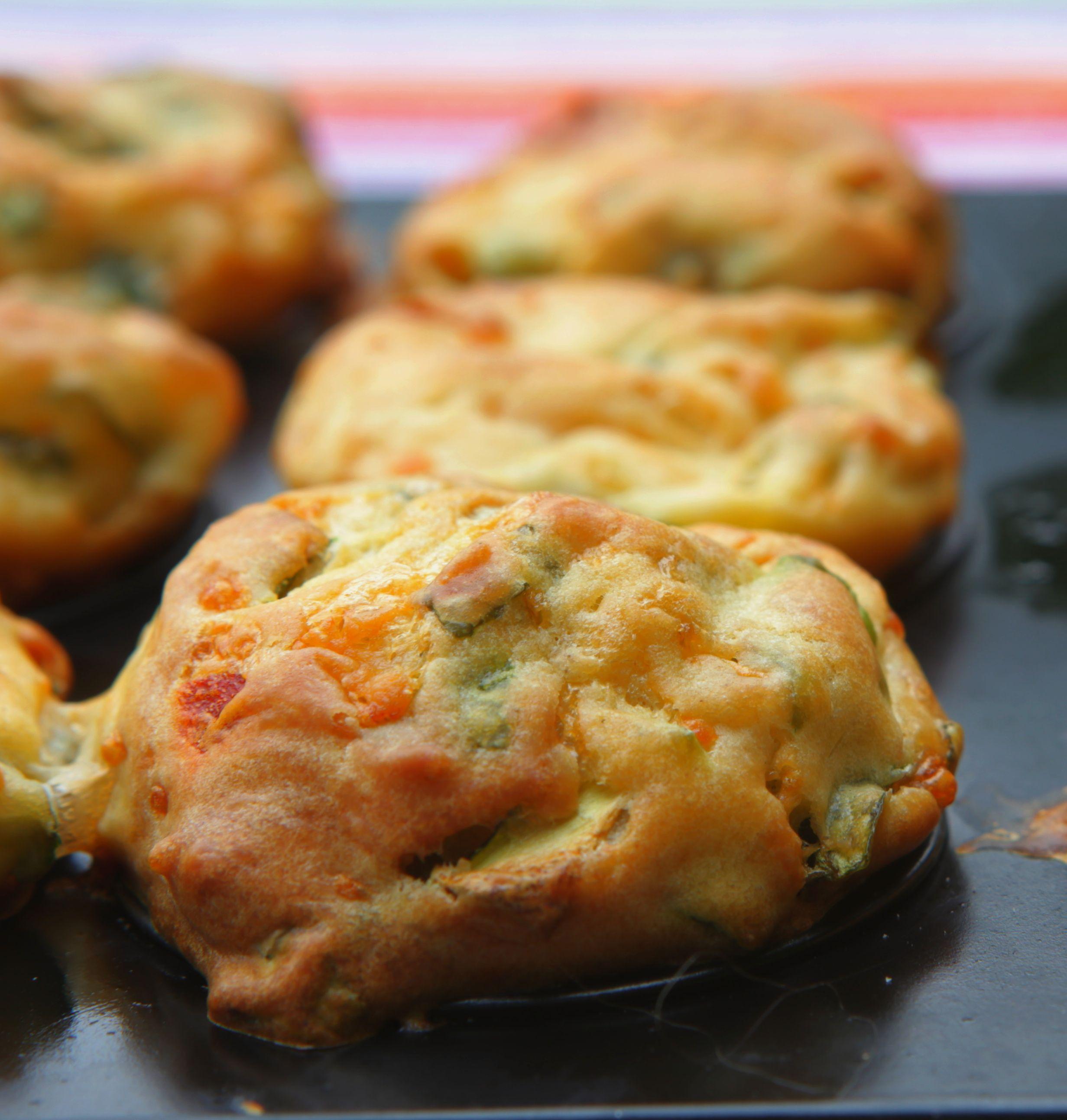 Hartige muffins met geitenkaas en courgette